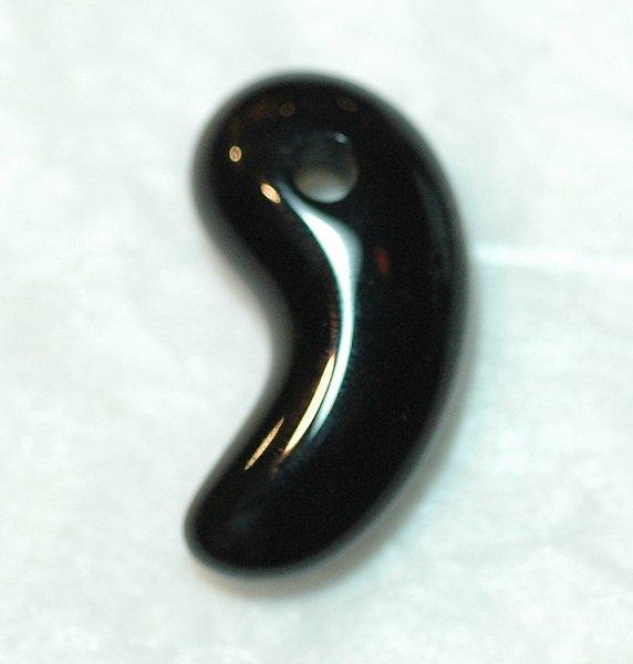 画像1: 勾玉 ブラックオニキス (1)